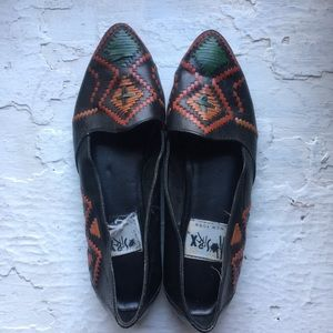 Shoes - Vintage Sharp Toe Woven Loafers/Flats